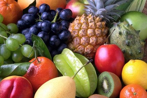 Obst und Gemüse für Smoothies lässt sich bei Unverträglichkeit durch Alternativen ersetzenersetzen