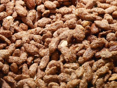 burnt-almonds-61636__340